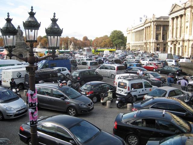 Самые загруженные города в Европе: Пробки в Париже