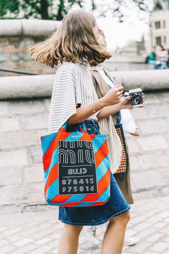 Шопперы: стильные пляжные сумки на лето