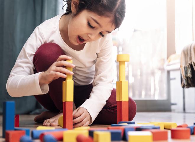 Как понять, что ребенок врет: ответы психологов