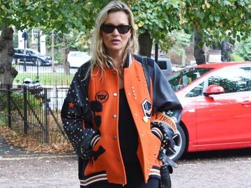 Как носить бомбер: модный урок от Кейт Мосс