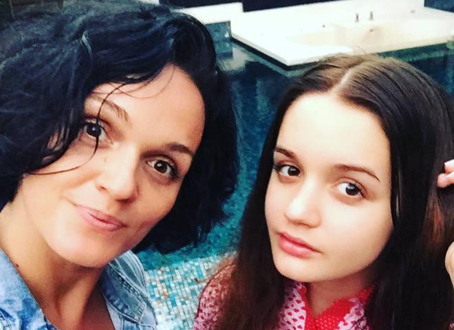 дочка співачки Слави