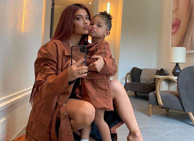 Кайли Дженнер с дочерью Сторми