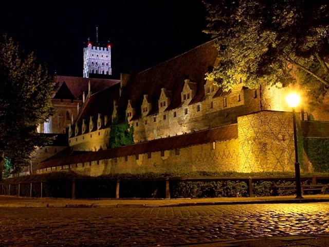 Замок Марієнбург, Польща