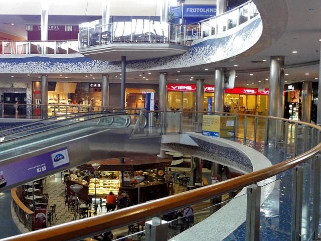 Цікаві місця Валенсії: торговий центр El Saler