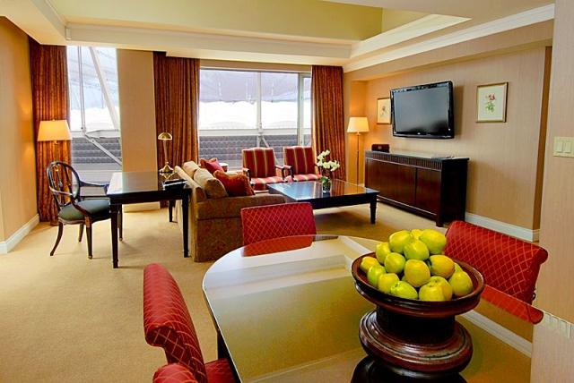Отели для женщин: Georgian Court Hotel - Ванкувер