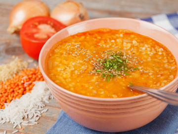 Страви з сочевиці в мультиварці, суп