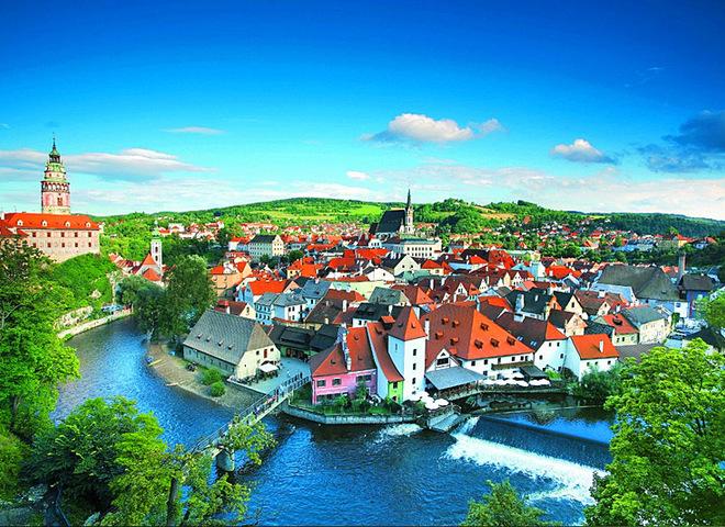 Куди поїхати в Європі: 5 міст, про які не знають туристи