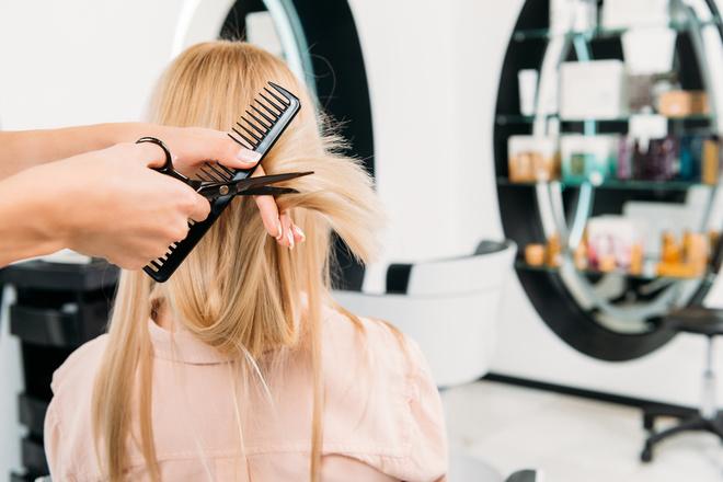 Коли сприятливі та несприятливі дні для стрижки волосся за місячним календарем - травень 2021