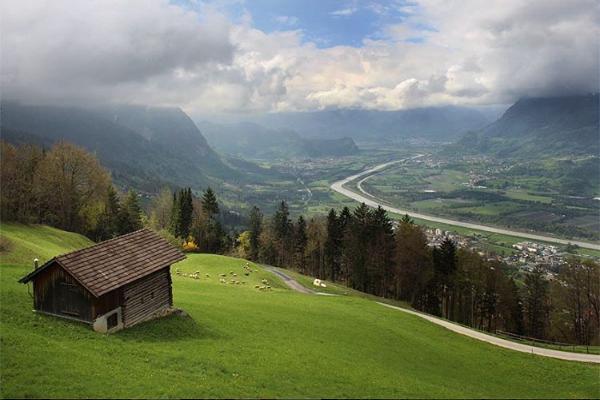 10 найменших країн світу