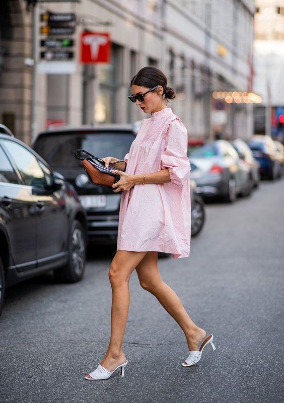 Модні образи з сукнею-сорочкою