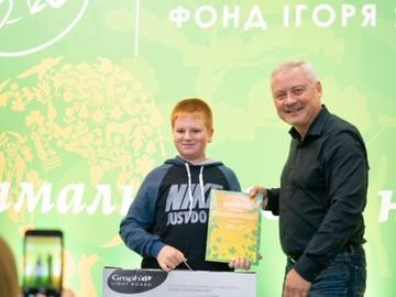 Игорь Янковский и Саша Перехрест, победитель в старшей категории