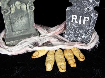 Меню на Хэллоуин 2015: ТОП-5 рецептов ведьминых пальцев