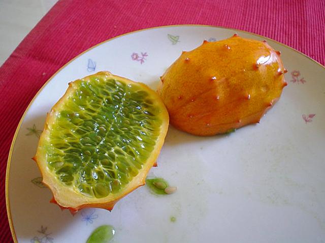Гурман-тур екзотичні фрукти. Кивано