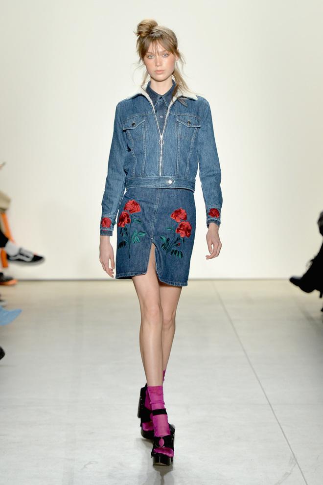 аппликация и вышивка на джинсе