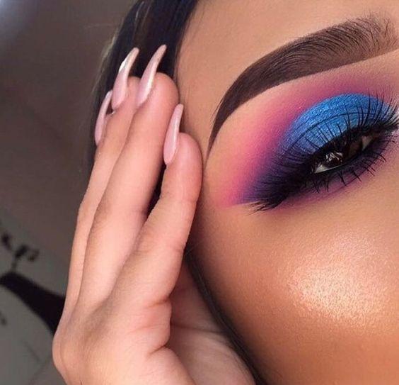 Блакитні тіні в макіяжі