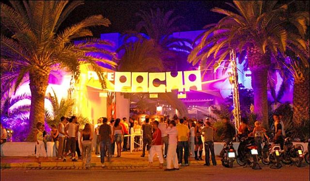 Клубный туризм на Ибице: Pacha