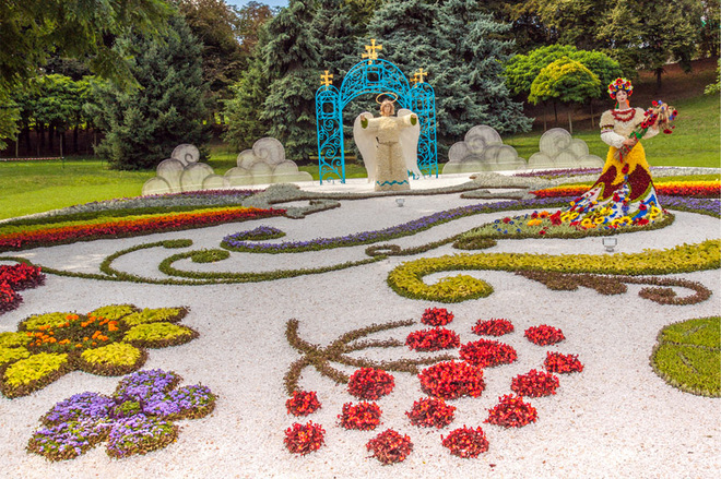 Весна в городе: лучшие парки Киева
