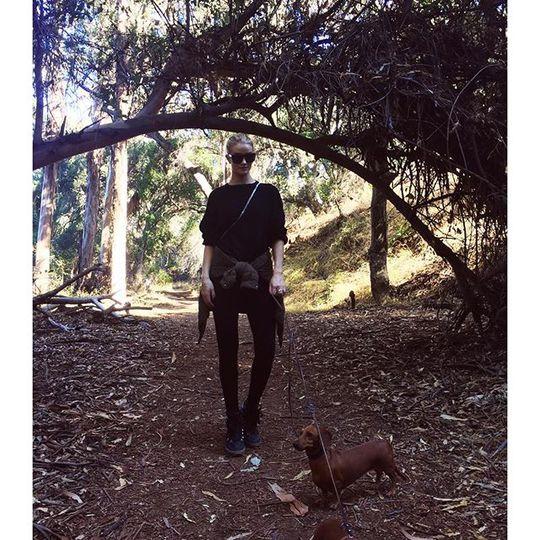 Рози Хантингтон-Уайтли (Instagram)