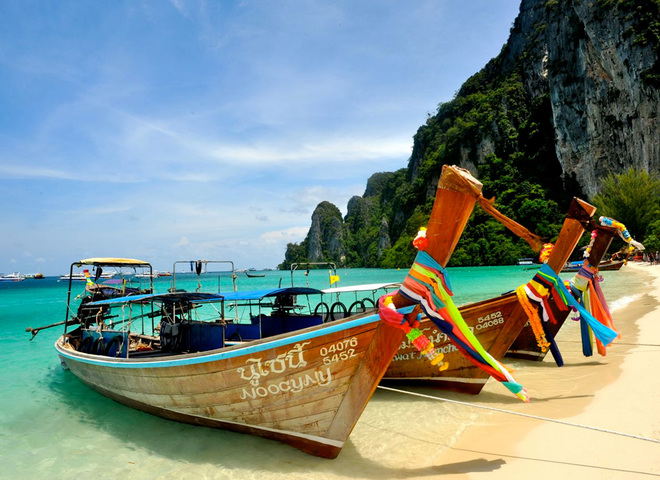 Таиланд отменил плату за туристические визы на зимний сезон