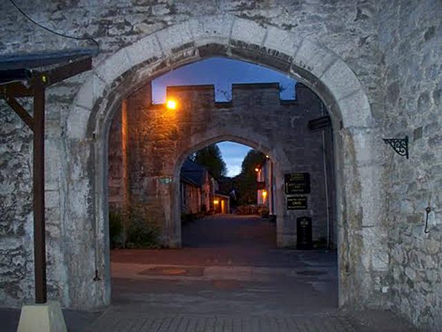 Самые страшные замки в мире: Замок Боделвидан, Ирландия