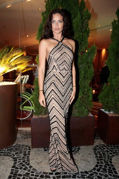 Адріана Ліма в плаття від бразильського дизайнера