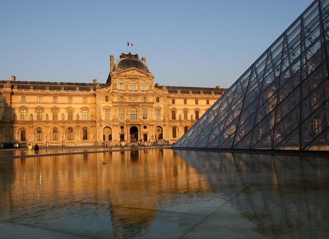 Праздник вкуса с видом на Лувр