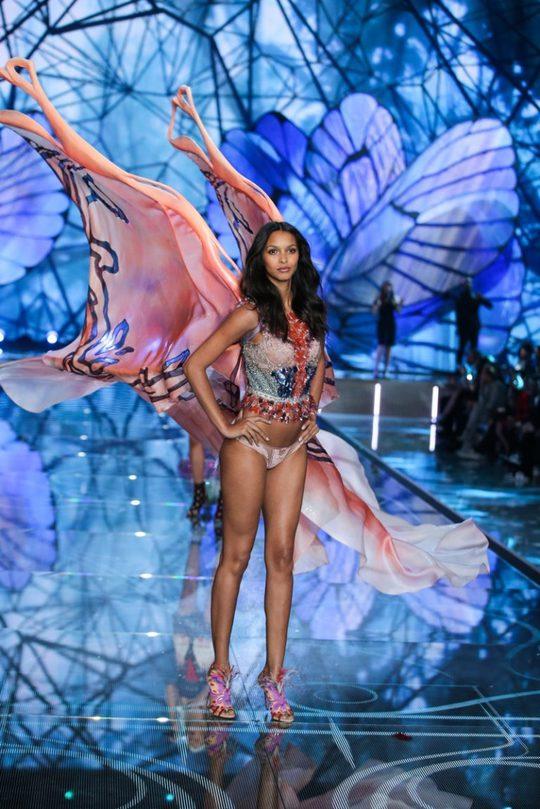 Лаїс Рібейро на Victoria's Secret Fashion Show