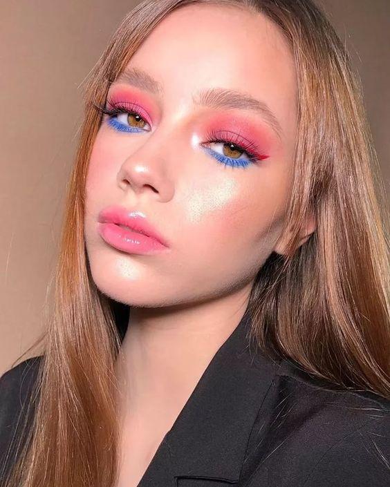 Макіяж з кольоровою тушшю: модні ідеї