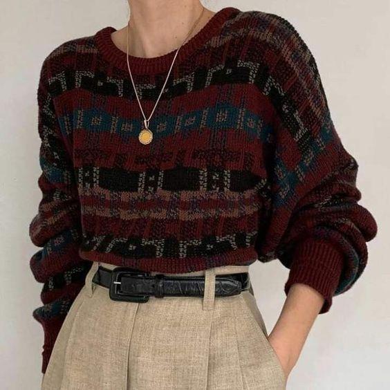 Утепляемся: трендовые свитера на осень 2019
