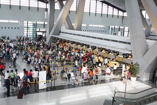 Найгірші аеропорти світу: Аеропорт Manila фото