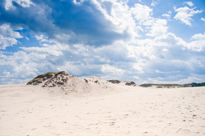 Білосніжні пляжі, творіння Ейфеля і античні легенди в Україні