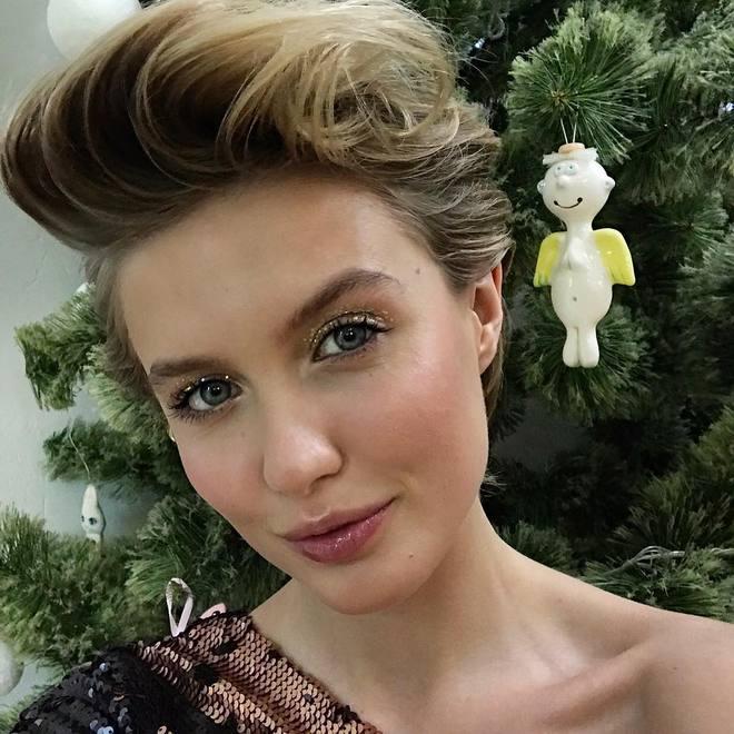 """Участники """"Топ-модели по-украински"""" рассказали о лучших новогодних подарках"""