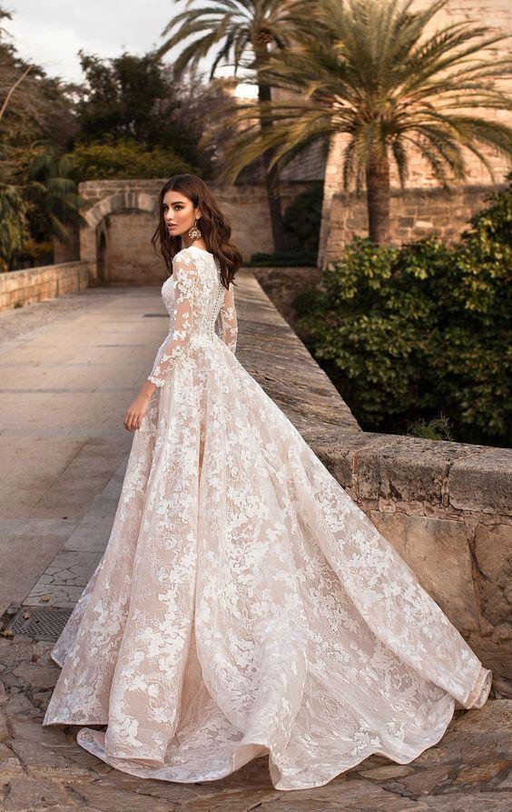 Свадебные платья 2020: ТОП-10 вариантов для невест