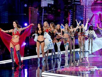 Официально: шоу Victoria's Secret 2019 отменили