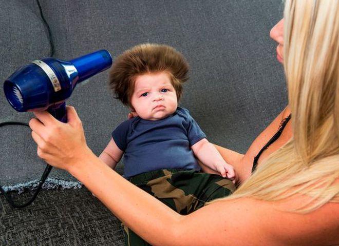 Шикарне волосся 2-х місячного малюка здивували всіх