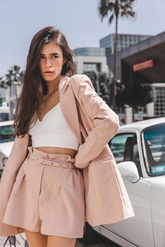 Пиджак и шорты