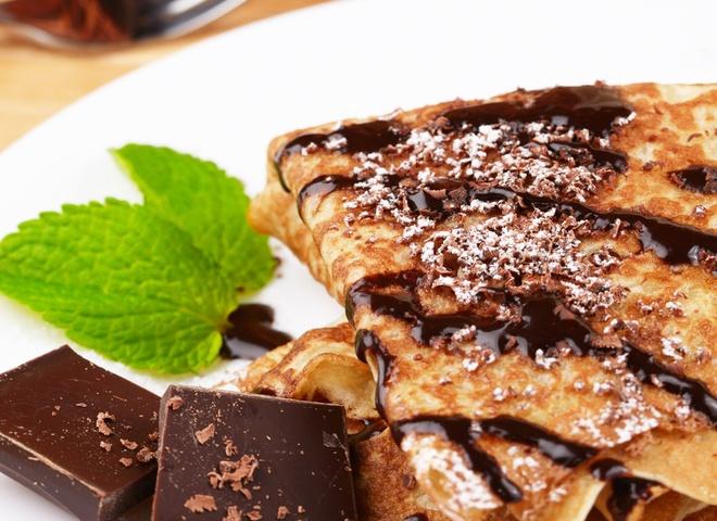 блины с бананом и шоколадом