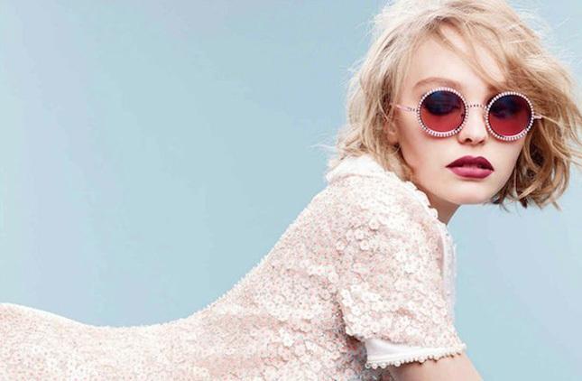Лілі-Роуз Депп стала обличчям оновленого аромату Chanel №5