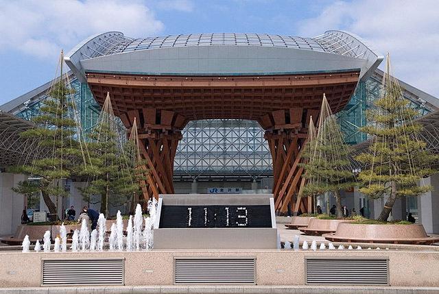 Найнезвичайніші фонтани: Фонтан-години, Каназава