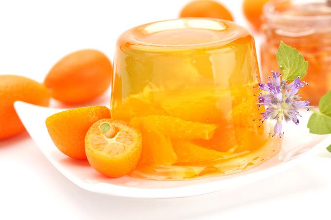 Домашнє желе з фруктами і ягодами