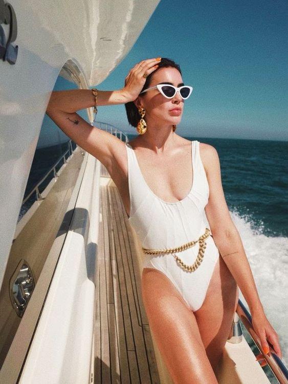 Модные белые купальники для любого типа фигуры