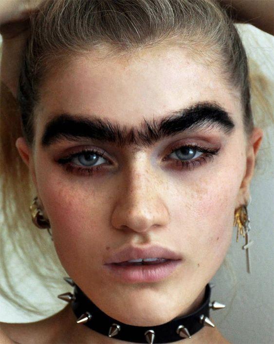 Тренд в макіяжі 2021: монобров