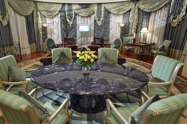 Найдорожчі номери в українських готелях: Donbass Palace, Донецьк