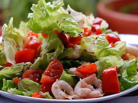Летний салат из креветок от Геннадия Цяука