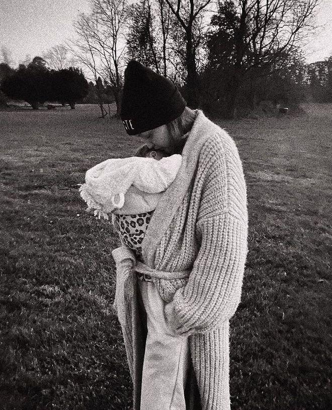 Джиджи Хадид с дочерью