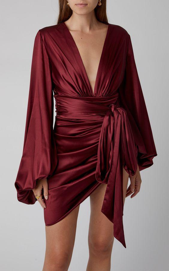 9 шелковых платьев, которые хочется надеть этим летом