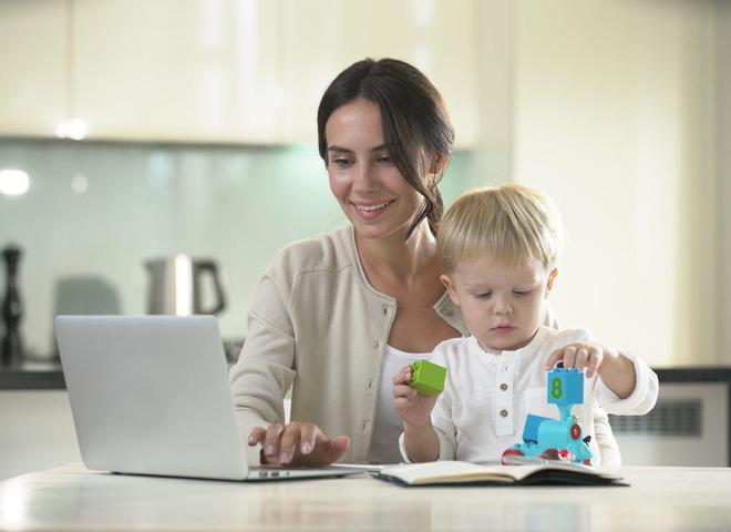 Дитячі суміші Nutrilon 3 та 4 – внесок в успішне майбутнє малюка