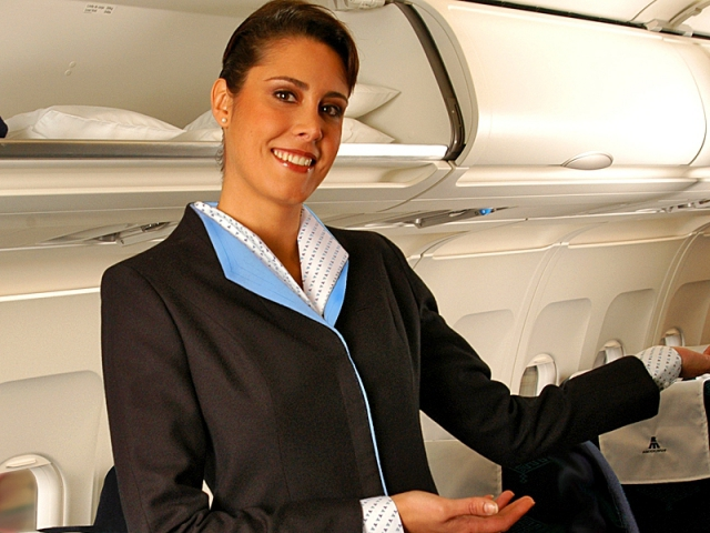 Авиакомпании, которые щедро наливают в полете: Air Mexicana