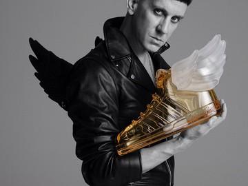Джереми Скотт создал новый аромат для adidas Originals