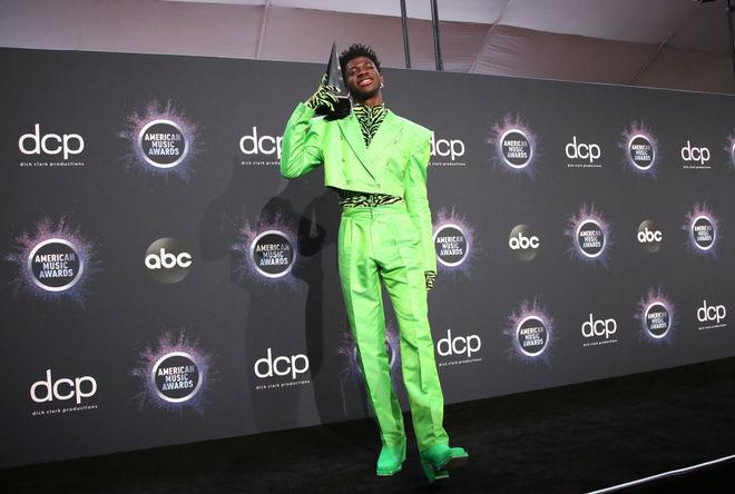 American Music Awards 2019: лучшие образы звезд